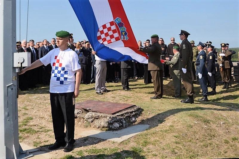 """Kninska zastava zavijoriti će na stadionu NK """"CIBALIA"""" prije finalne utakmice nogometnog Kupa RH"""