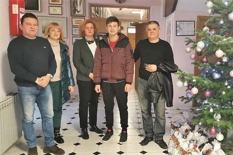 """""""Sokolovi"""" darivali štićenike dječjeg doma Sv.Ana"""