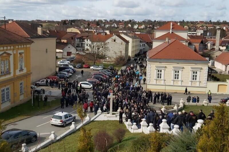 """Pakrac: Veterani 5. gardijske brigade """"Sokolovi"""" na obilježavanju 29. obljetnice početka Domovinskog rata"""
